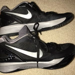 Black Nike Volleyball Shoes Size 10.5